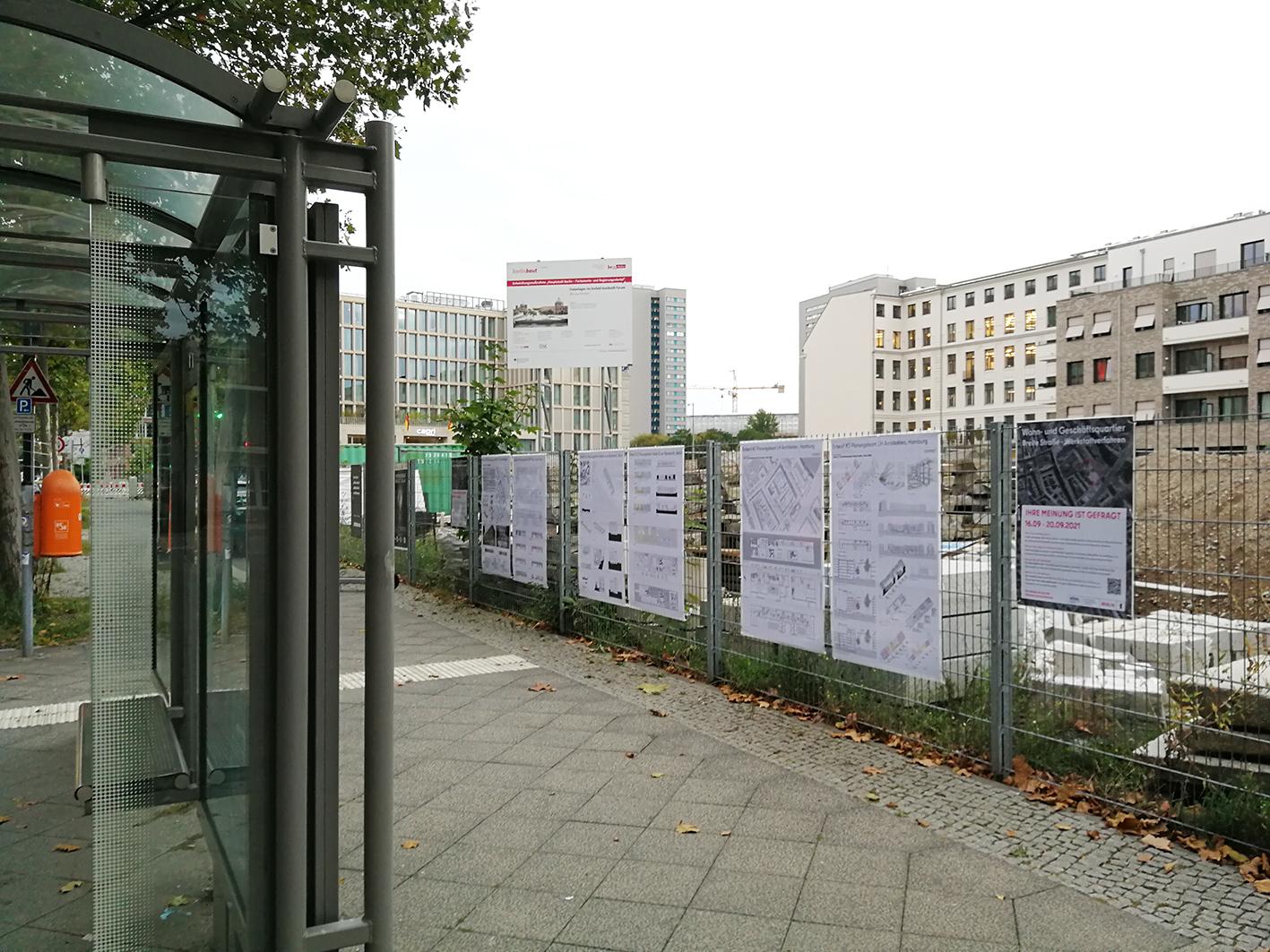 Zaunausstellung Breite Straße
